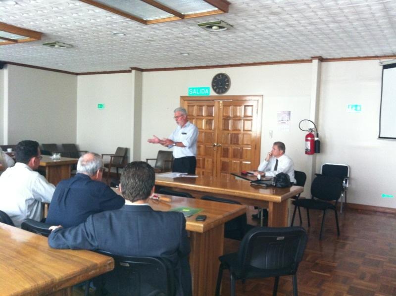 El Dr. Luís Arturo Salazar asume la vicepresidencia de la Junta Directiva de la ONF